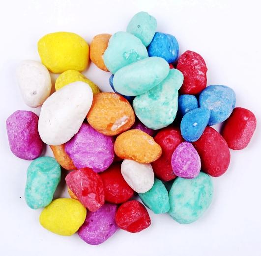 透水石透水地坪石子  水族景观石鹅卵石 路面装饰染色五彩石